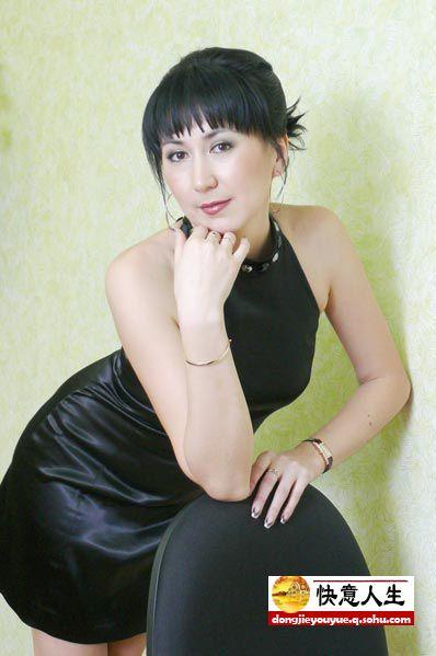 曝光俄罗斯美女警察娇艳自拍照 图