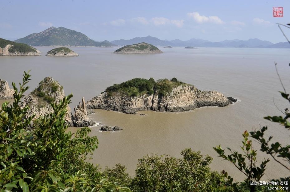 """普陀山素有""""海天佛国"""",""""南海圣境""""之称,同时也是著名的海岛风景普陀山"""