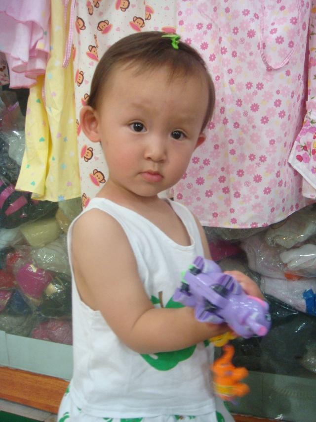 婴儿短头发怎么扎辫子分享展示