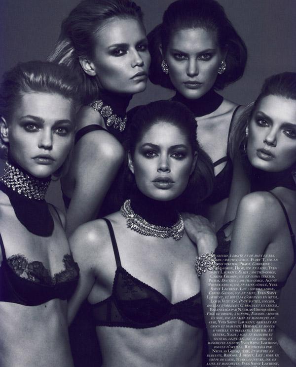 时尚杂志玩转黑白之道