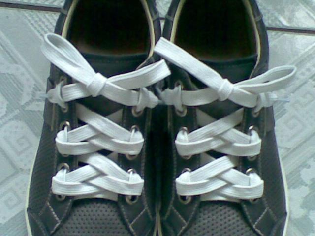 孔鞋带的系法图解内容7孔鞋带的系法图解版面设计