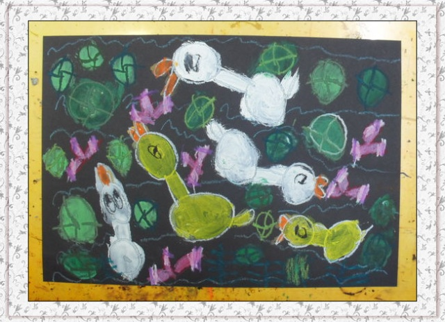 ... 荷叶小鱼简笔画内容|池塘荷叶小鱼简笔画版面设计