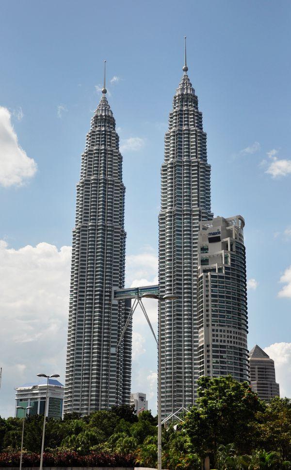 马来西亚双子塔前的公园