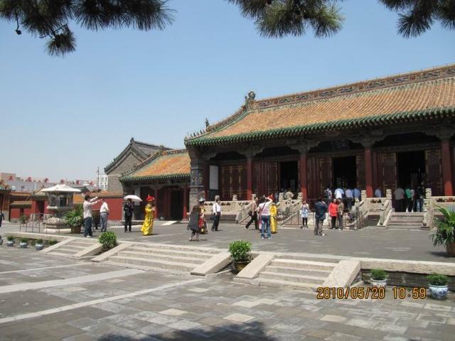 我在沈阳故宫看见了很多个 皇上