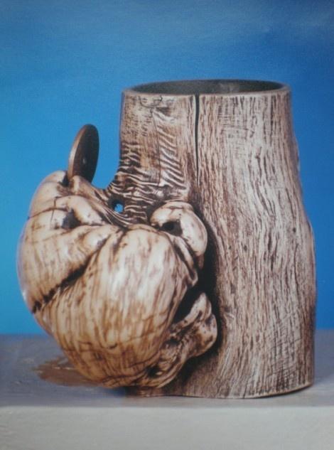朱伟明根雕艺术作品赏析:躁动 (1996年)中国郑州国际根雕大展银奖