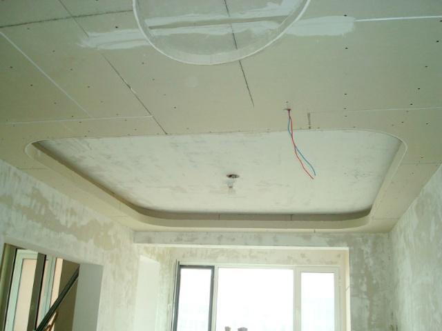 所有的吊顶项目及石膏线,都需要弹线,这样才能保证横平竖直