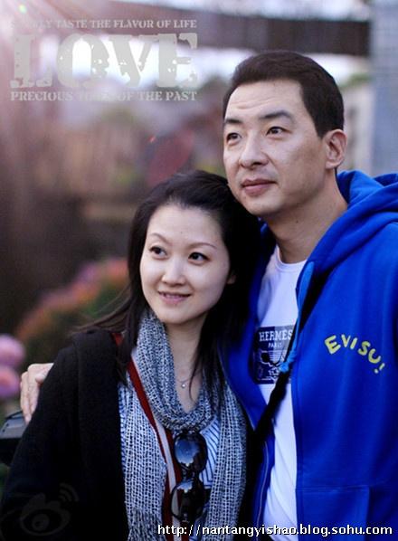 郝平漂亮妻子江元生活照很有气质;