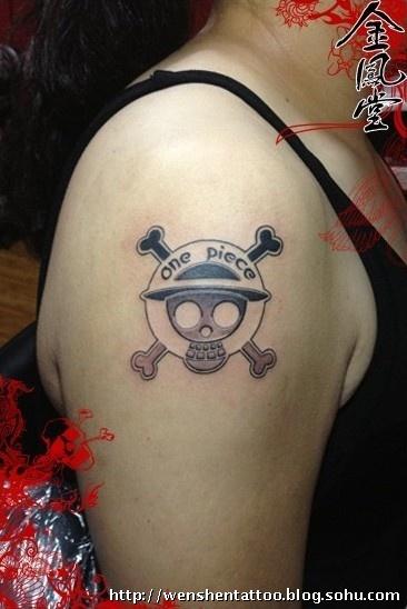 海贼王纹身 仙鹤纹身图案 字母纹身 条形码纹身 香奈儿燕子纹身