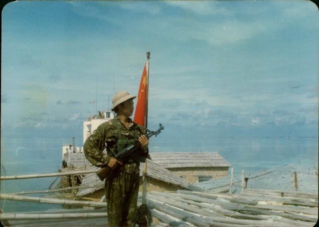 于明龙守卫南沙群岛东门礁照片